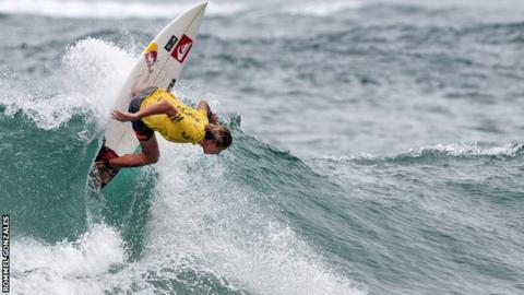 Surfer Leonardo Fioravanti