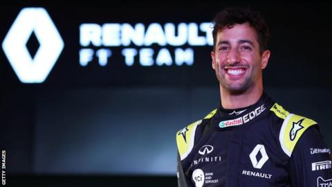Ricciardo sued by former manager