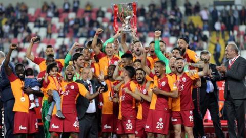 Galatasaray celebrate winning the Turkish Cup