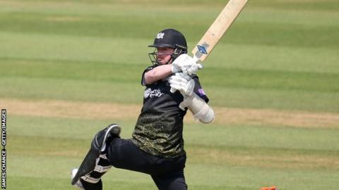 Coming in at seven, Ryan Higgins earlier gave Gloucestershire hope with an unbeaten 81 off 70 balls
