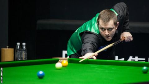 Mark Allen will face either Ali Carter or Akani Songsermsawad in the quarter-finals