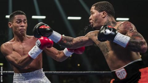 Ricardo Nunez and Gervonta Davis during their fight in Baltimore