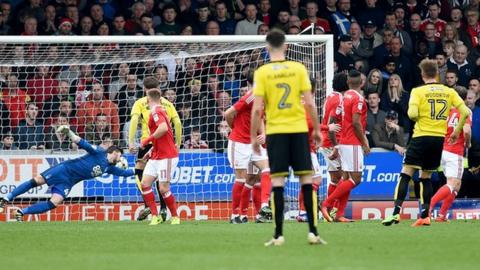 Cauley Woodrow scores against Nottingham Forest