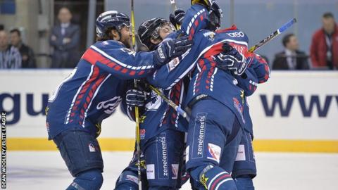 Dundee Stars players celebrate