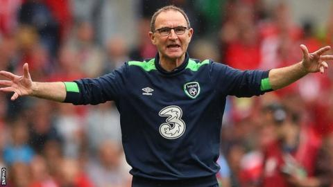 Republic of Ireland boss Martin O'Neill shows his frustration at a refereeing decision against Austria
