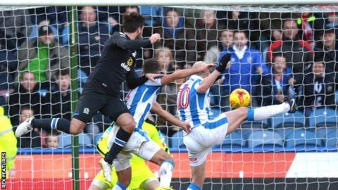 Danny Graham got his head on the end of Liam Feeney's cross to score his seventh goal in eight games