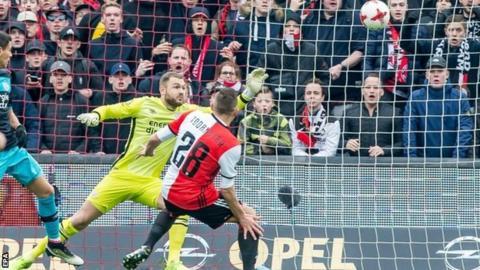 Feyenoord score opener against PSV