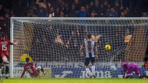 Liam Millar scores for Kilmarnock
