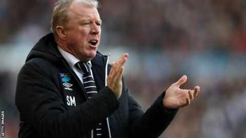 Derby County manager Steve McClaren in his first match back in charge of the Rams