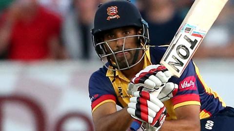 Ravi Bopara in action for Essex