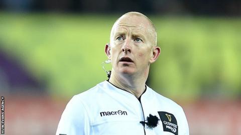 Ian Davies, referee