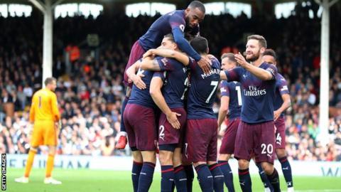 Arsenal players celebrate