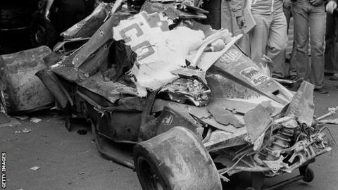 Niki Lauda: Tributes paid after F1 legend dies aged 70 - BBC Sport