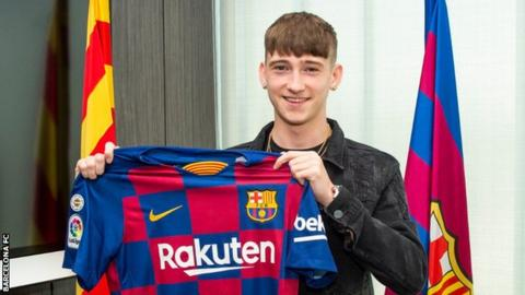 Barcelona beat PSG to sign 16-year-old striker Barry