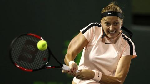 Fed Cup: Czech Republic set up final against USA