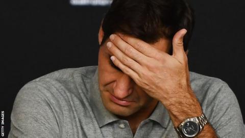 Djokovic tops Federer to advance to Aussie Open final
