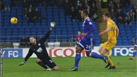 Kenneth Zohore scores