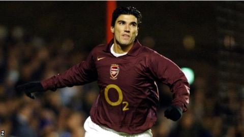 Former Arsenal star Jose Antonio Reyes dies in car accident aged 35