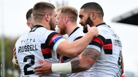 Toronto Wolfpack celebrate a try