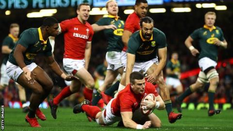 Wales centre Scott Williams opened the scoring against South Africa, adding to his try against New Zealand last week