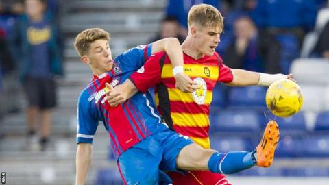 Ryan Christie playing for Inverness Caledonian Thistle against Partick Thistle