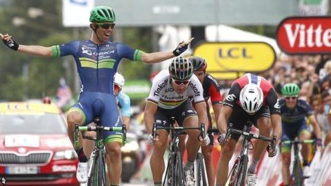 Australian Michael Matthews wins stage 10