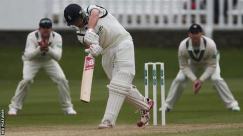 Warwickshire's former England batsman Jonathan Trott