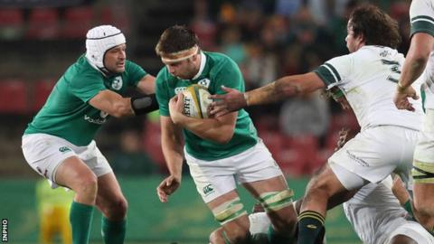 Forwards Rory Best and Iain Henderson attempt to gain ground for Ireland