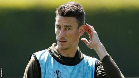 Koscielny refuses to travel with Arsenal on US tour | AP sports