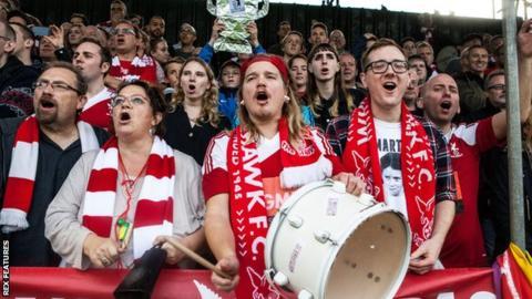 Whitehawk fans