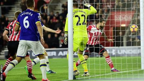 Southampton vs Everton - betting tips and predictions