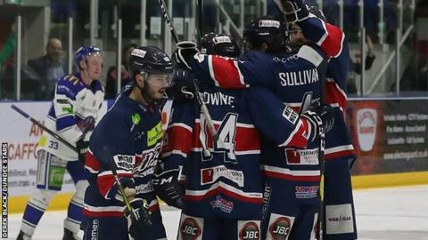 Jubilant Dundee Stars players celebrate a much needed win on Sunday