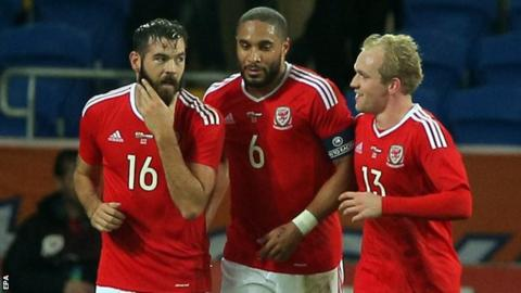 Wales team-mates Joe Ledley, Ashley Williams and Jonathan Williams discuss tactics against the Netherlands