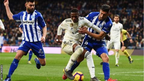 Real Madrid v Deportivo Alavés Match Report, 03/02/2019, Primera División