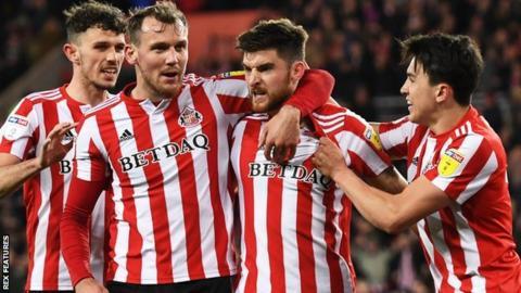Jack Baldwin's first-half equaliser earned Sunderland a point at home to Burton