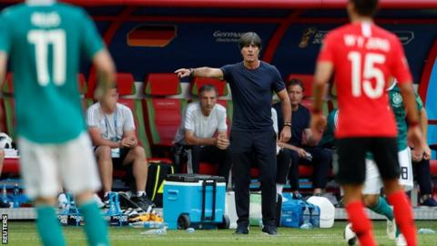 Low stays as Germany coach despite World Cup failure class=