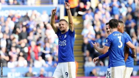 Jamie Vardy celebrates