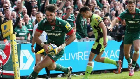 Niall Morris scores a try for Leicester Tigers against Northampton Saints at Welford Road