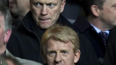 David Moyes behind Gordon Strachan in the crowd