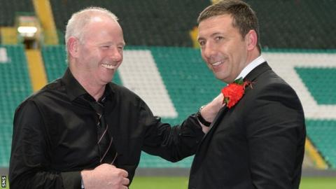 Aberdeen chairman Stewart Milne and manager Derek McInnes celebrate with the Scottish League Cup in 2014
