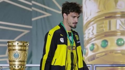 Mats Hummels has joined Bayern Munich from arch-rivals Borussia Dortmund