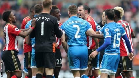 Sunderlannd and Bournemouth players