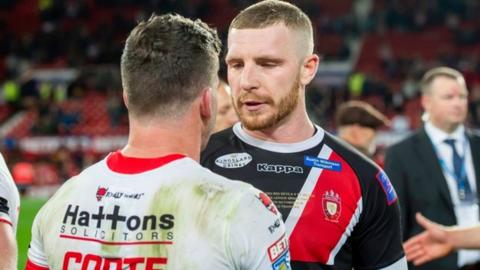 Salford's Jackson Hastings and St Helens' Lachlan Coote, his fellow Australian convert, were on opposing sides in the Grand Final at Old Trafford