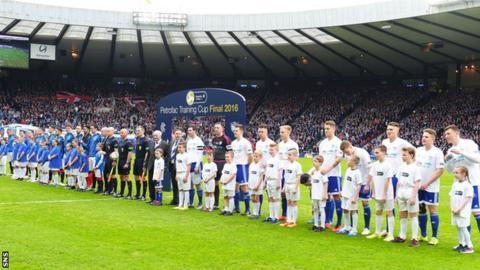 Rangers and Peterhead line up at Hampden