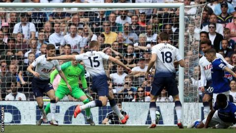 Eric Dier scores for Tottenham