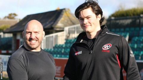 Robin Wedlake poses for a picture after signing for Cornish Pirates