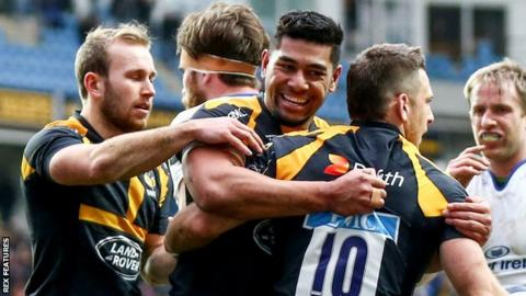 Charles Piatau helps Jimmy Gopperth (right) celebrate his try for Wasps