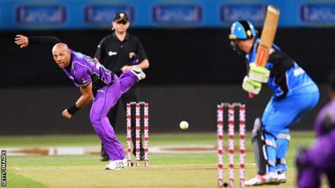 Tymal Mills bowls for Hobart Hurricanes