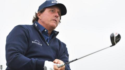 Mickelson 'wishes he could take back' US Open incident