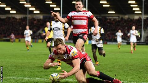 Henry Purdy scores Gloucester's fifth try